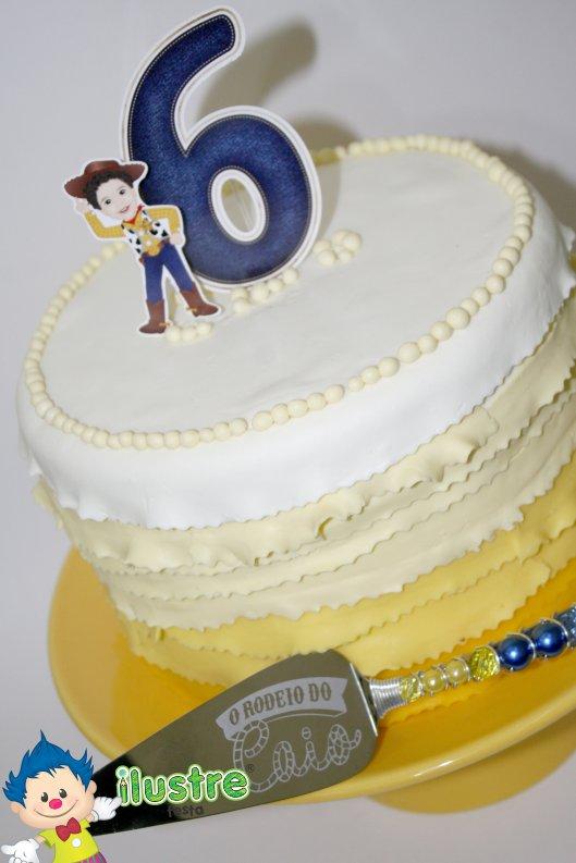 Topo de bolo em papel