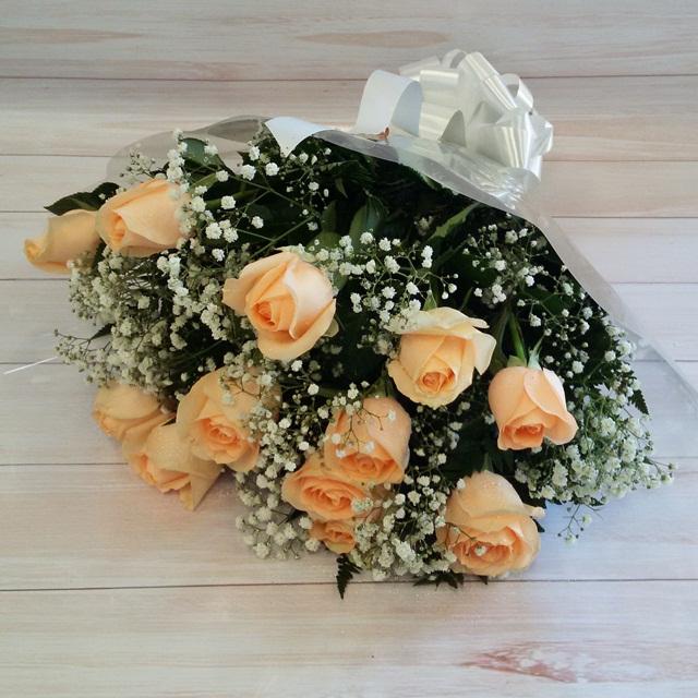 Buquê 12 rosas champanhe