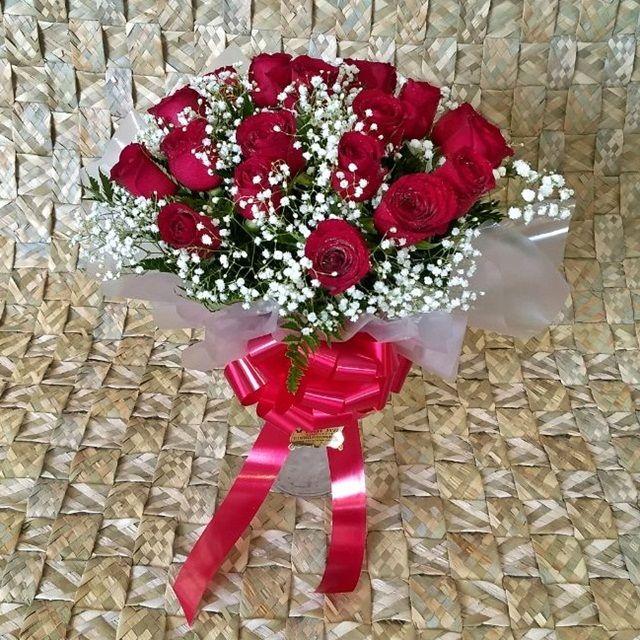 Buquê Maravilhoso, com 18 rosas + vaso