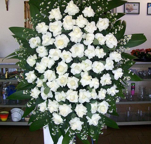 Coroa de Rosas Branca