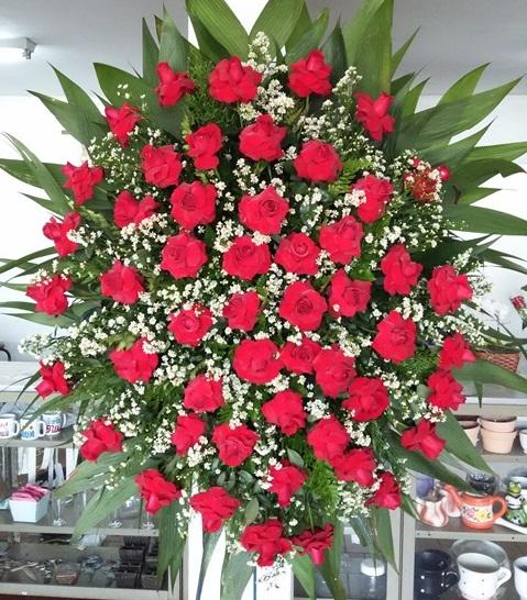 Coroa de Rosas Vermelha