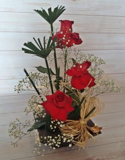 Ikebana de rosas
