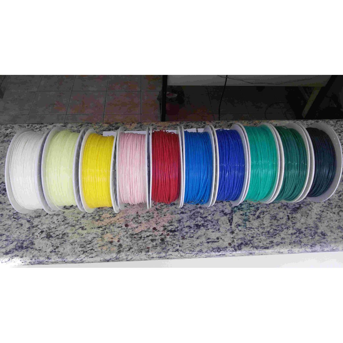 Filamento Plástico PLA 1.75mm 1KG COM CARRETEL