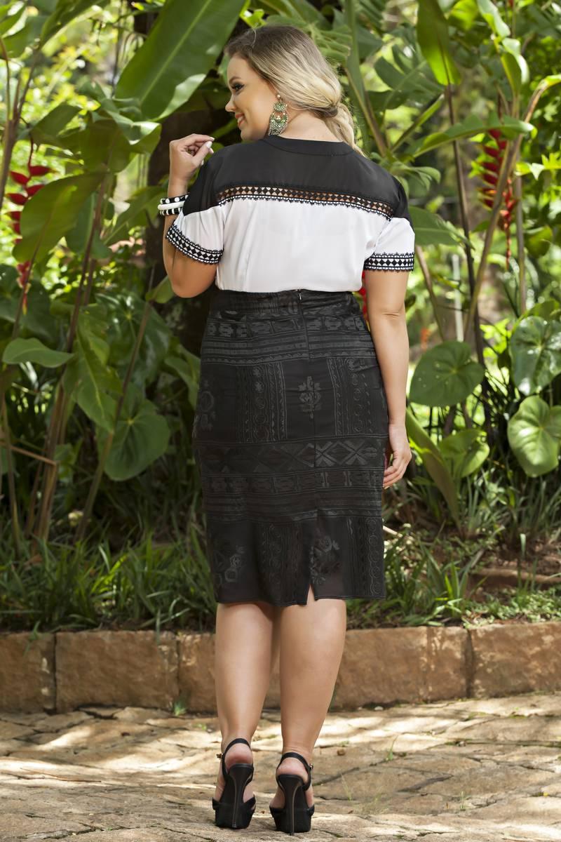 1892- Conj: plus size saia chiffon bordado e camisa seda