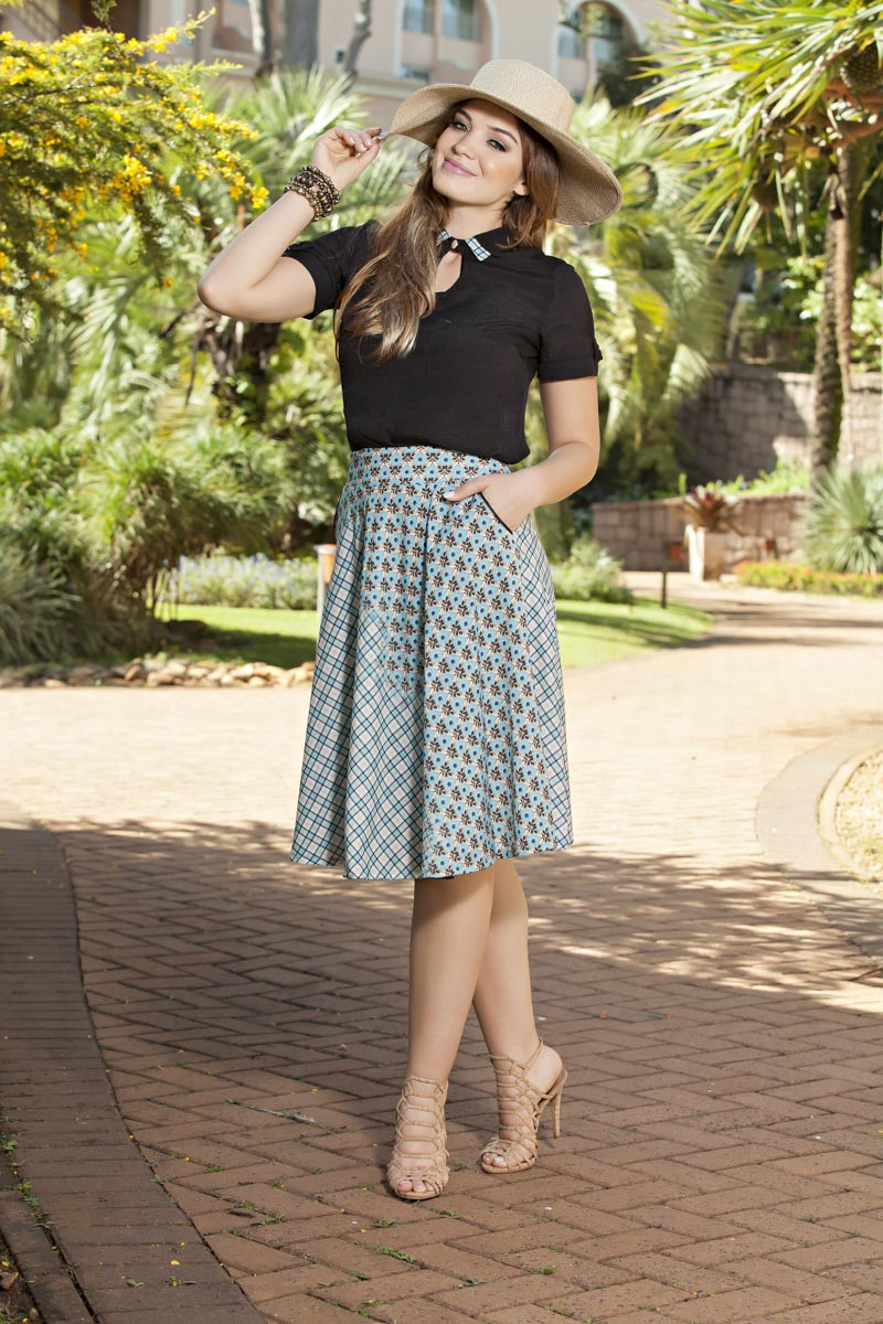 1971- Conj: saia lady like estampa exclusiva kauly c/ blusa crepe