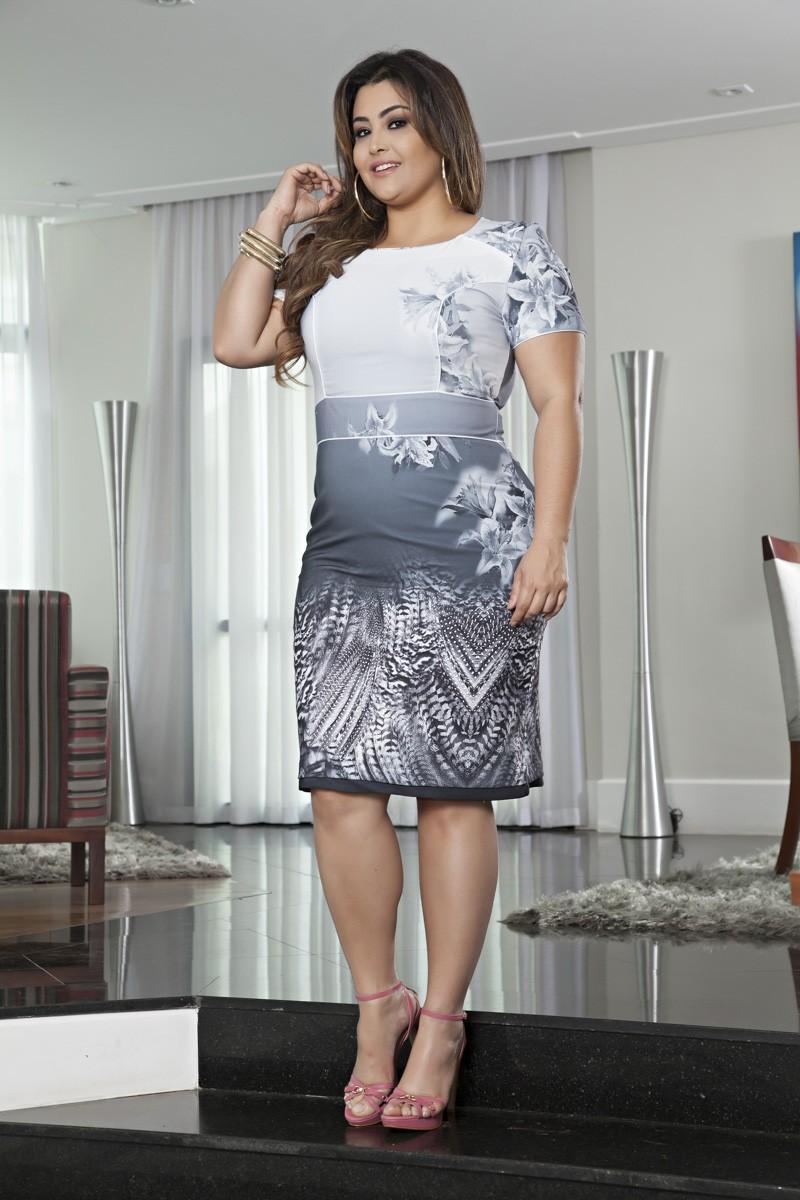 2063- Vest: plus size em sarja estampado c/ forro det. em vivo