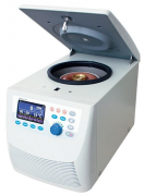 Microcentrífuga refrigerada digital, 13.800rpm, micropro-cessada, aceita rotores (microtubos) com capacidades para 16x5ml, 24x2,0ml, 24x1,5ml, 24x0,5ml, 64x0,2ml, 24x0,2ml e 8 strips (tiras) 8x0,2ml