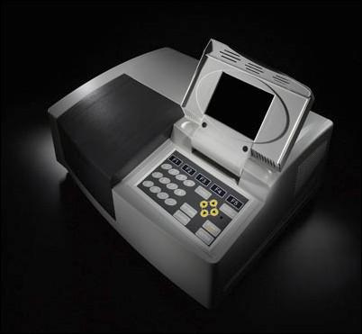 Espectrofotômetro UV-VIS automático, mono feixe,com visor gráfico, comprimento de onda de 190 a 1100 nm, banda variável de 0,5/1,0/2,0/5,0. Modelo BIO-T7S
