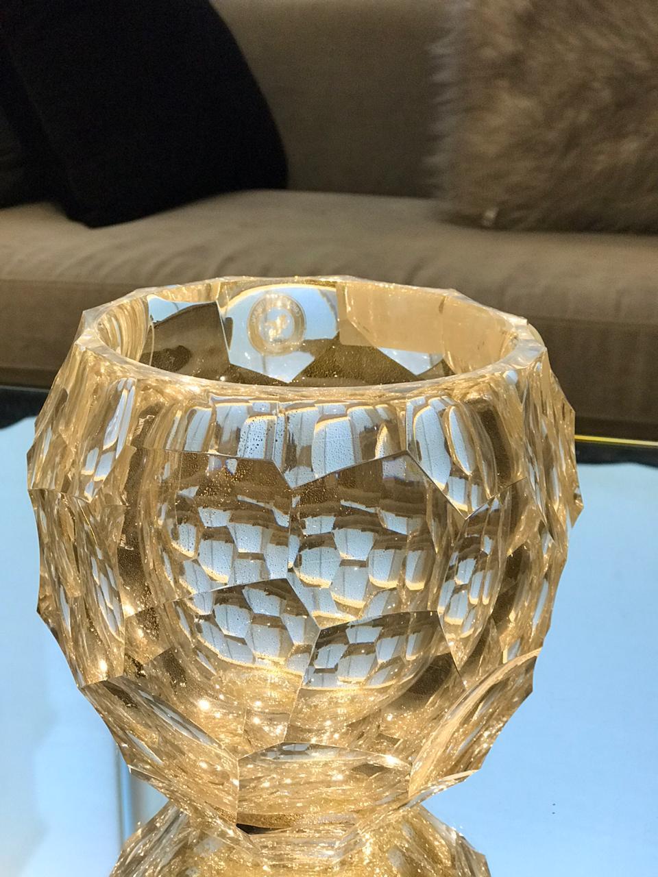 Cachepot Diamond Round Lapidado - Transp com Ouro - M