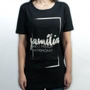 Camiseta Família Moldura Feminina