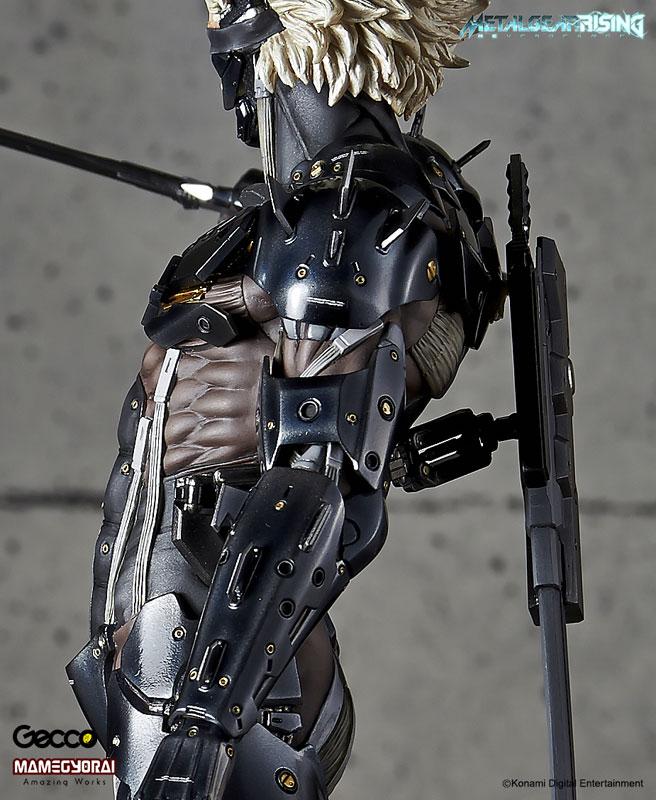 Metal Gear Rising Revengeance Raiden Estátua Escala 1/6 - Gecco (Produto Exposto)