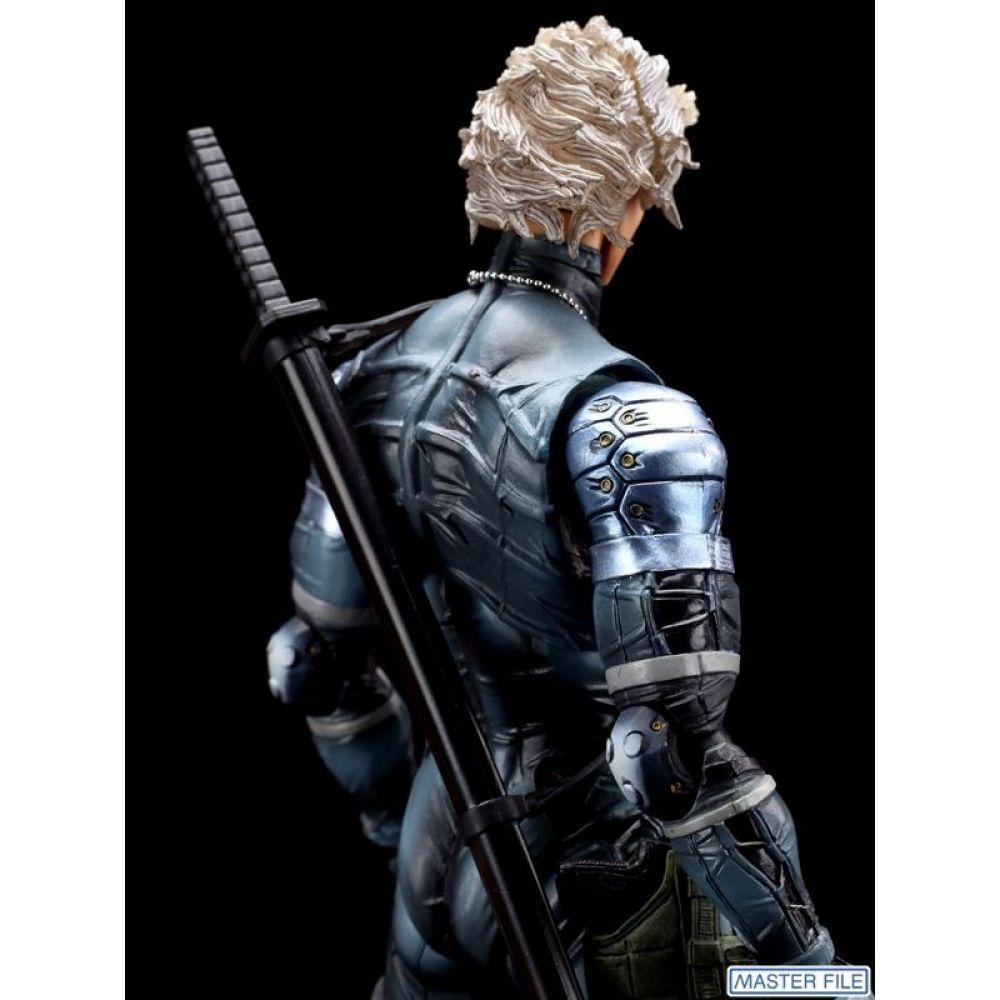 Metal Gear Solid 2 Raiden - Play Arts Kai