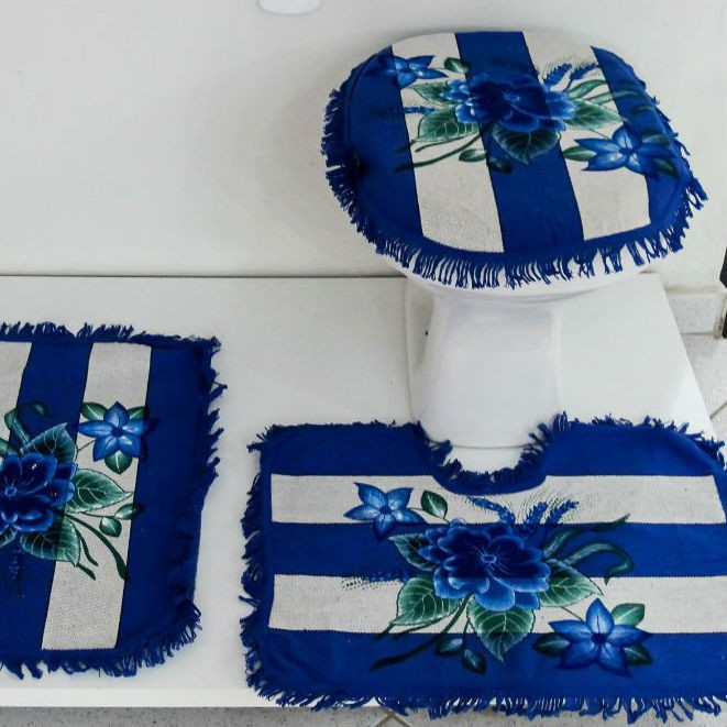Tapetes para Banheiro 3 peças  Listrado e Pintado Azul Escuro