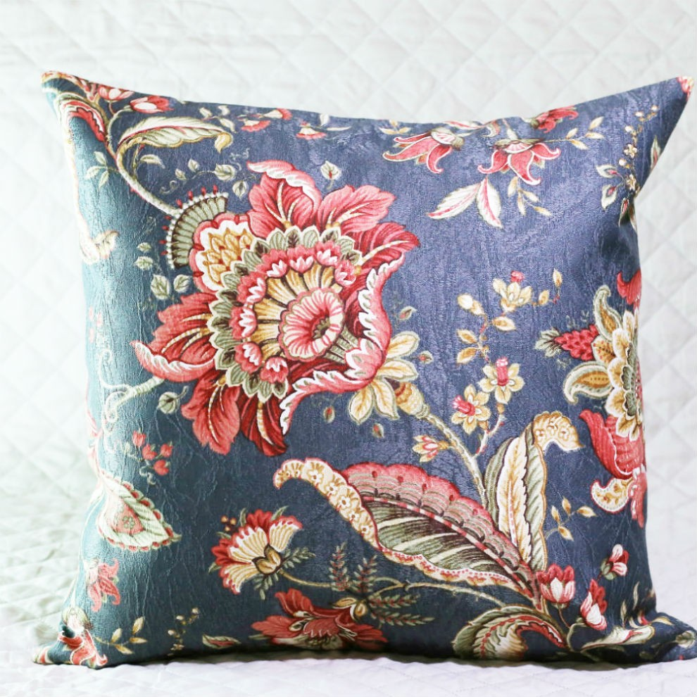 Almofada Flores Oriental com Enchimento
