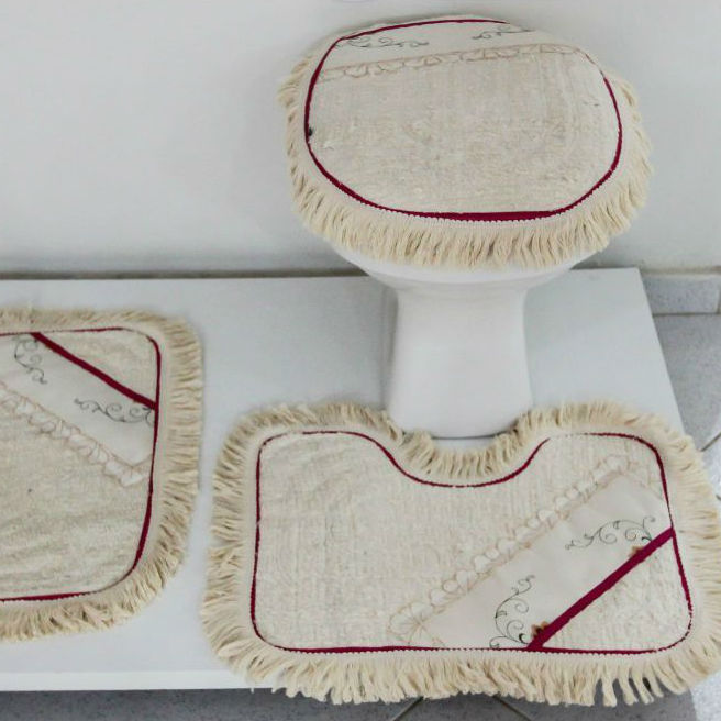 Tapetes para Banheiro 3 peças Fofinho com Viés Vermelho
