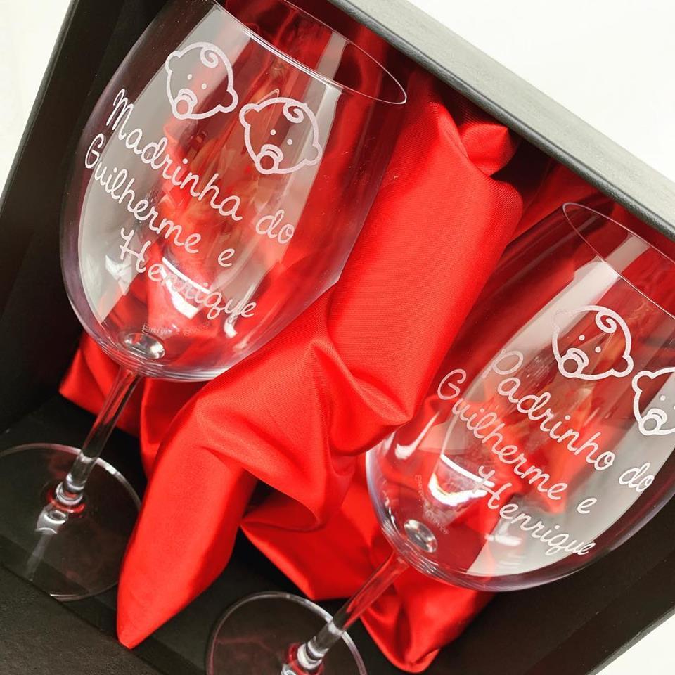 Conjunto de taças de vinho cristal 580ml Batizado