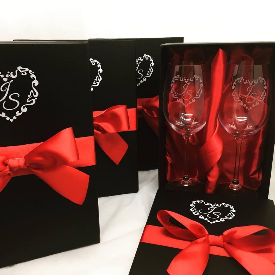 Conjunto Taças de cristal para vinho 350ml (2.56112DPCASAMENTO)