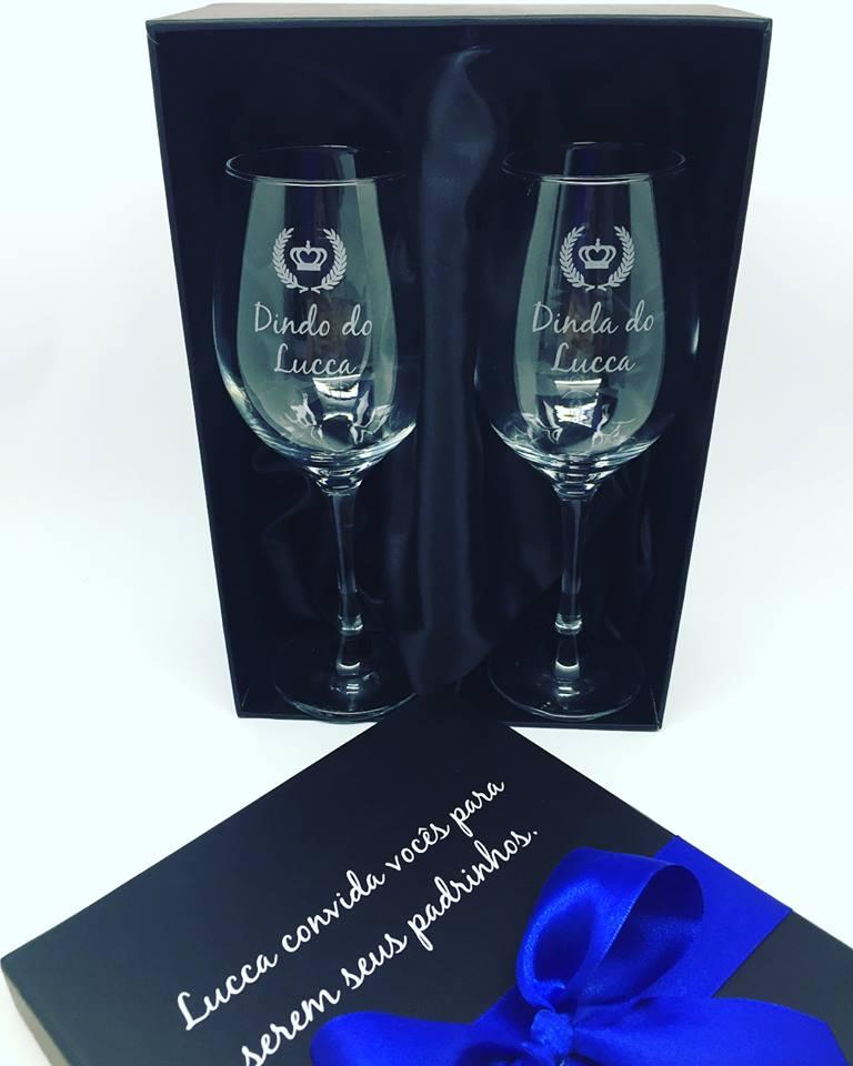 Taça para padrinhos - 2 taças de vidro para vinho personalizados