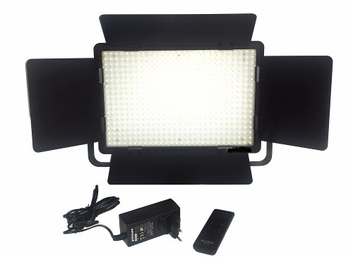 Iluminador Clareador Led 5600k Godox Com Controle Digital Hd - LD500C