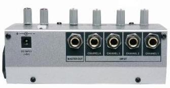 Mixer Compacto Mini Mesa de 4 Canais - CSR 401M