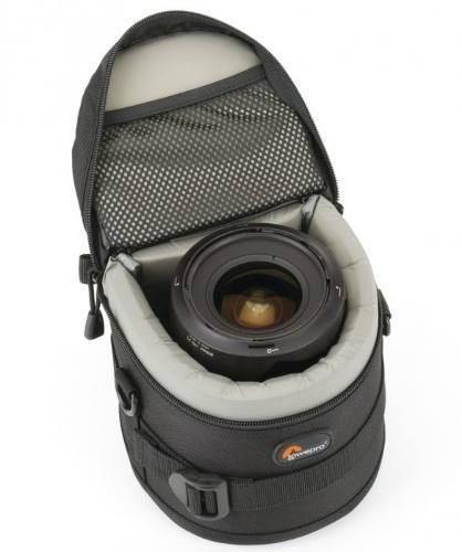Estojo LowePro Para Lente Objetiva Tipo17-35mm F/2.8 - 11 x 11cm (LxA) LP36304