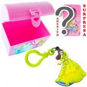 Mini Baú Princesas com Adesivo e Chaveiro Bela Princesas Disney