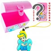 Mini Baú Princesas com Adesivo e Pingente Cinderela Princesas Disney