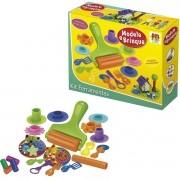 Kit com 4 Massinhas de Modelar e 16 Ferramentas Modele e Brinque - DM Toys