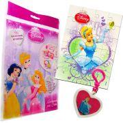 Sacolinha Divertida  Cinderela com Chaveiro Princesas Disney + 4 Itens