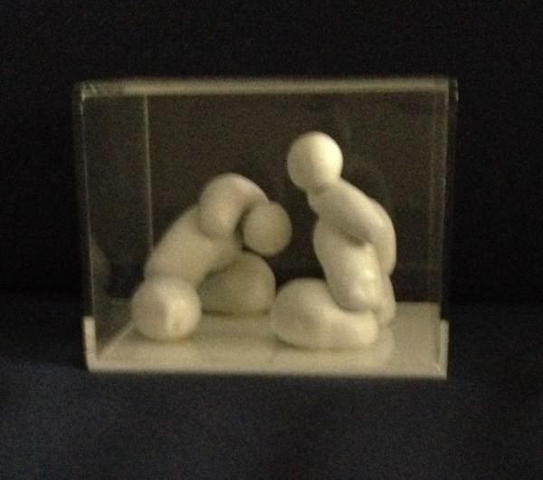 Rita Zurita - Caixa com dois seres
