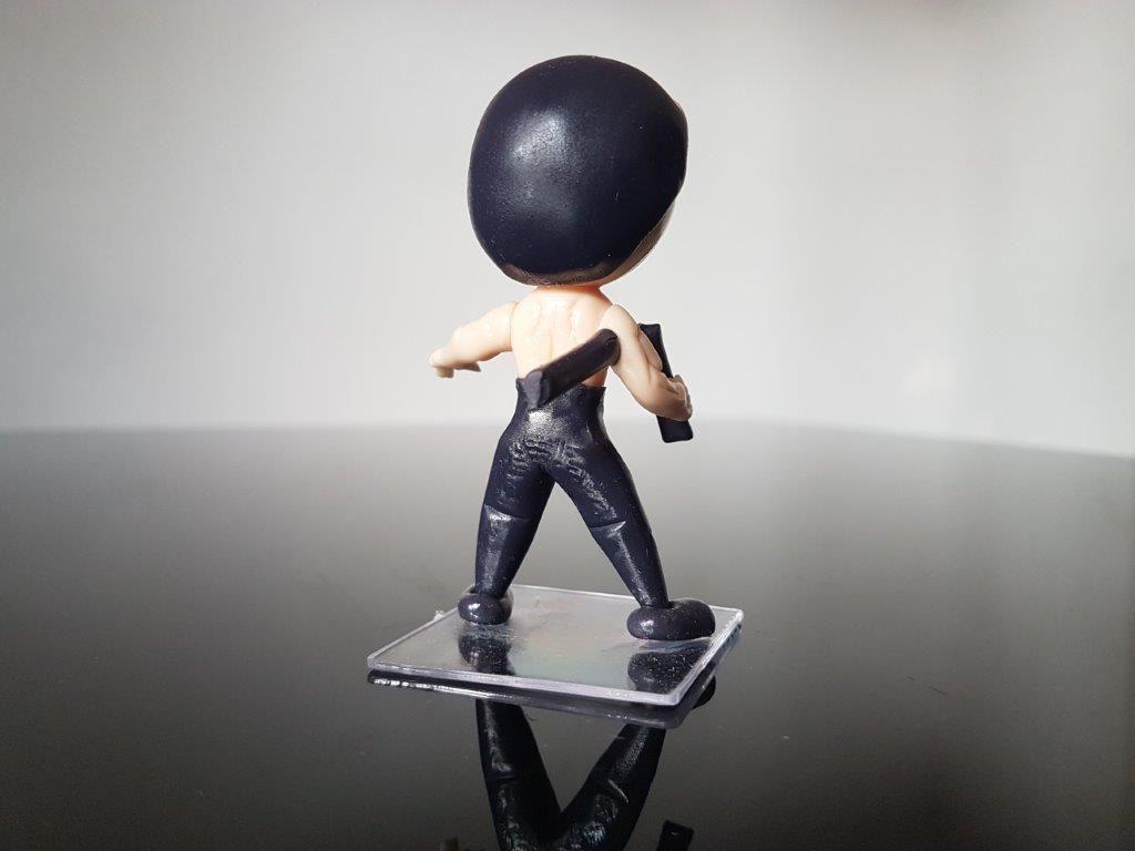 Boneco em Biscuit Bruce Lee Tamanho 8,5 cm