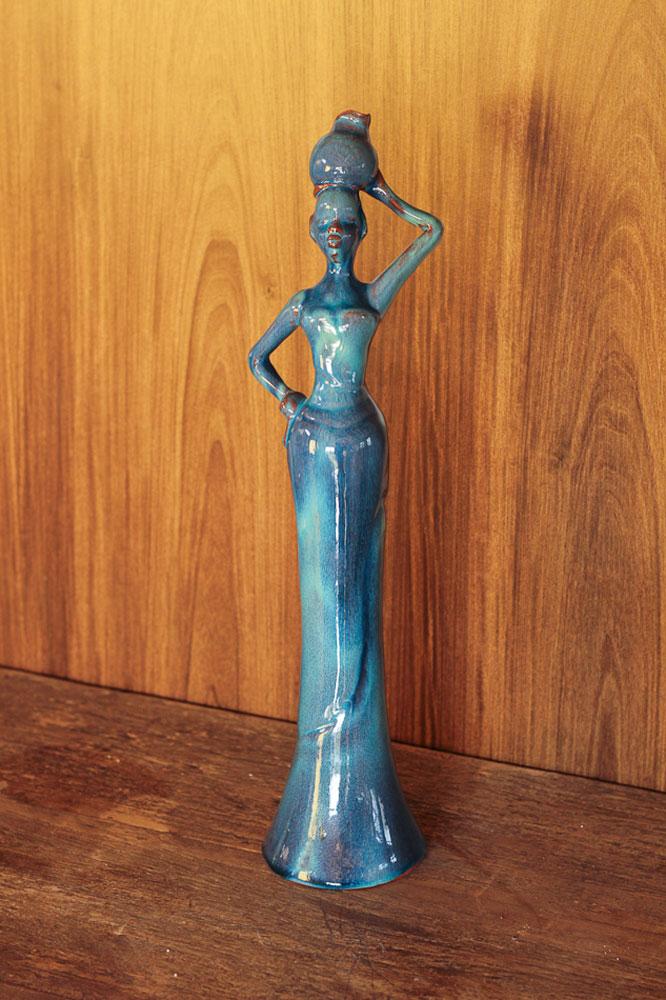 Boneca com Vaso na Cabeça - Azul Jade