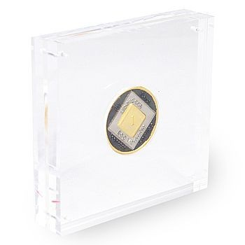 ACRYLIC MEDALLION HOLDER  EN-6099