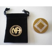 Medalhão triplate Gold/Pearl/Black EN-6700