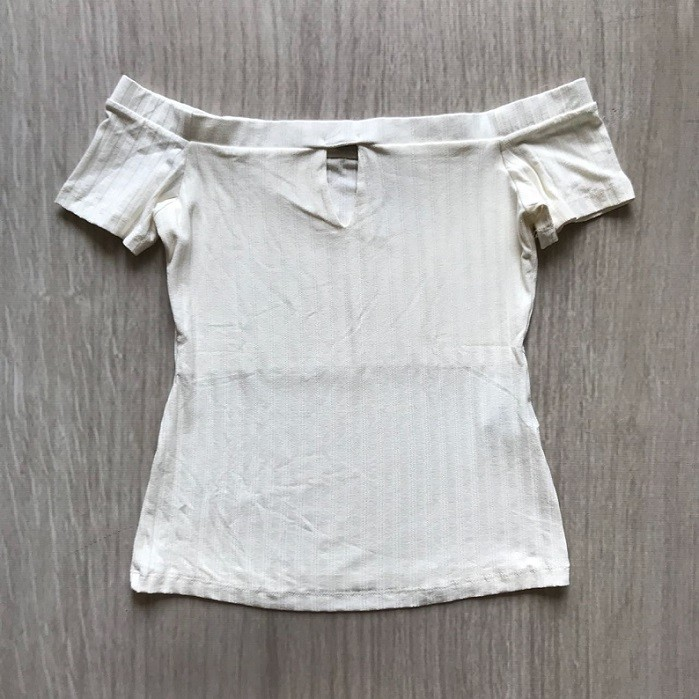 Blusa Canelada Ombro a Ombro Offwhite