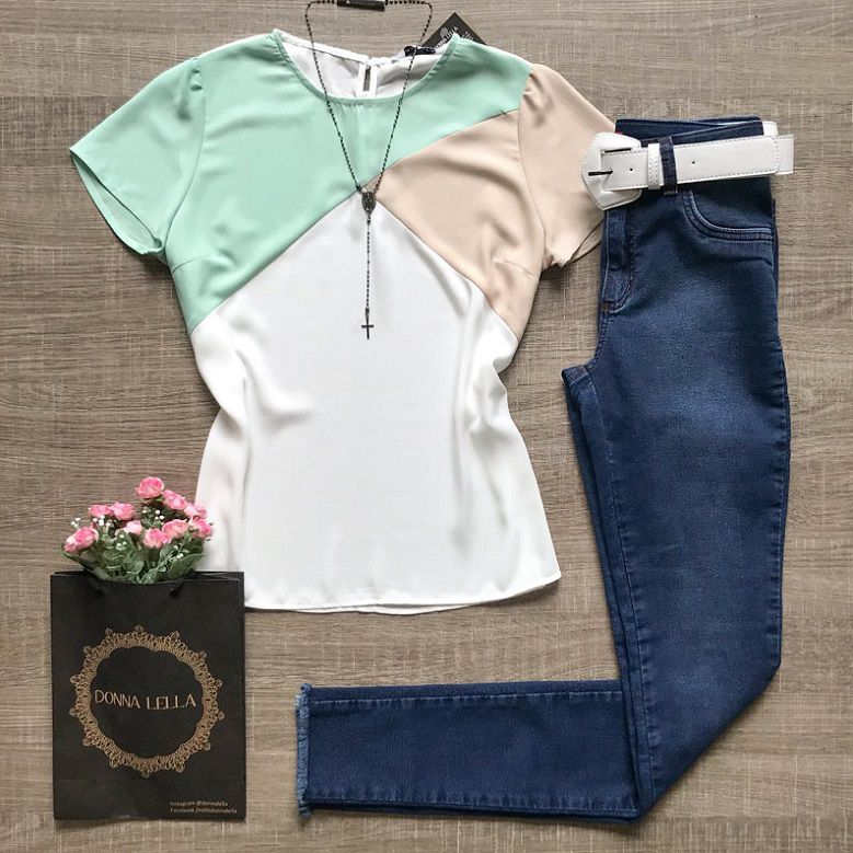 Blusa Crepe Contraste