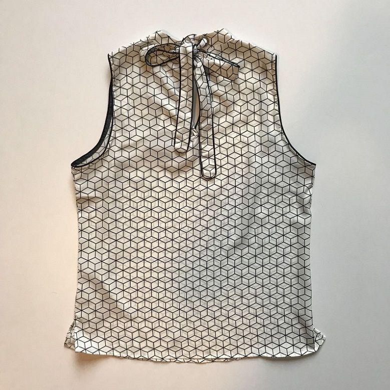 Blusa Crepe Estampa Geométrica