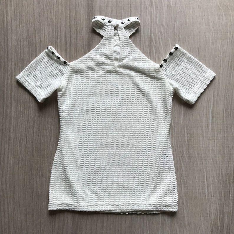 Blusa Detalhe Bordado Pedraria