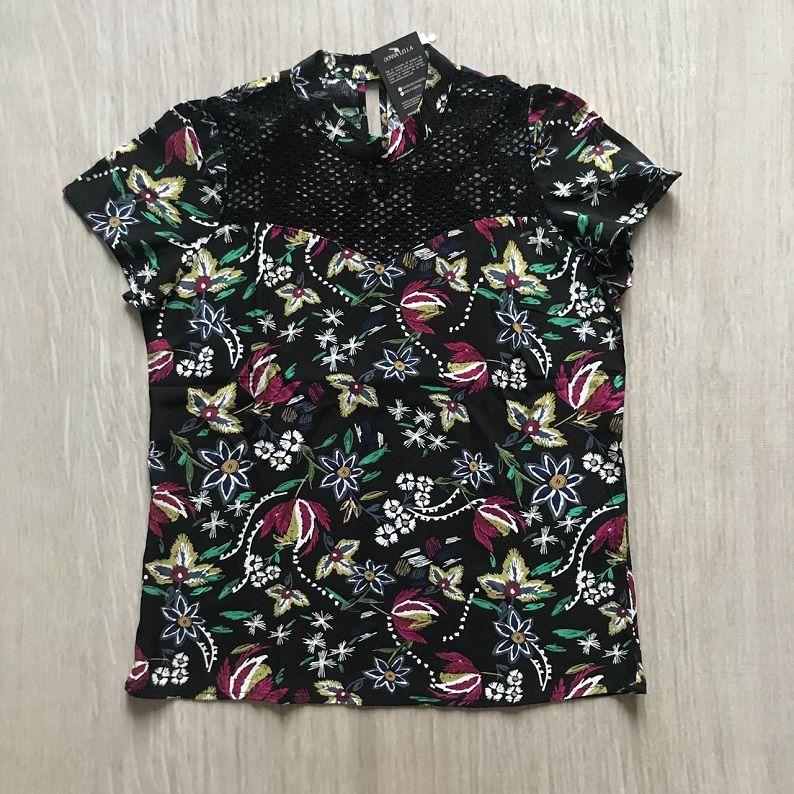 Blusa Floral Detalhe Tela