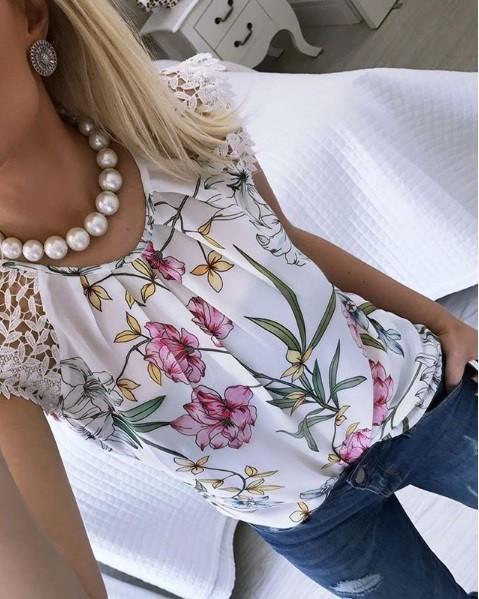 Blusa Floral Ombro Renda