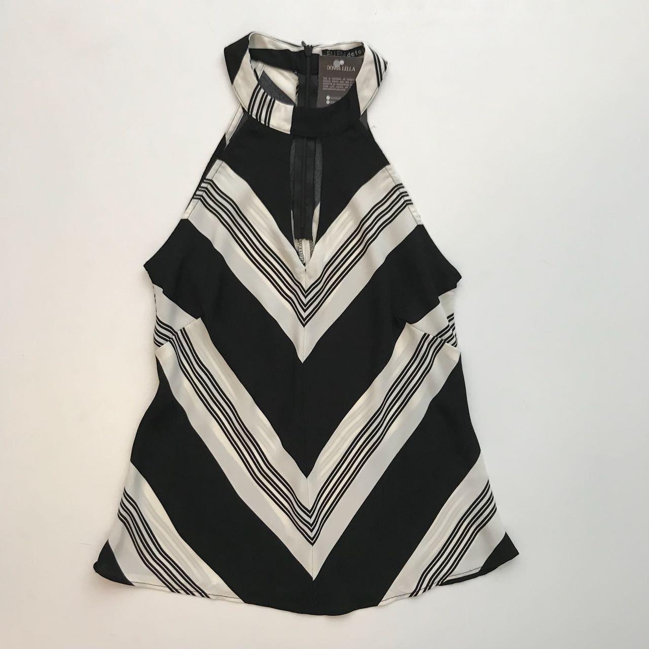 Blusa Gola Decote Frente