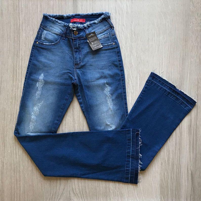 Calça Jeans Flare Detalhe Cós