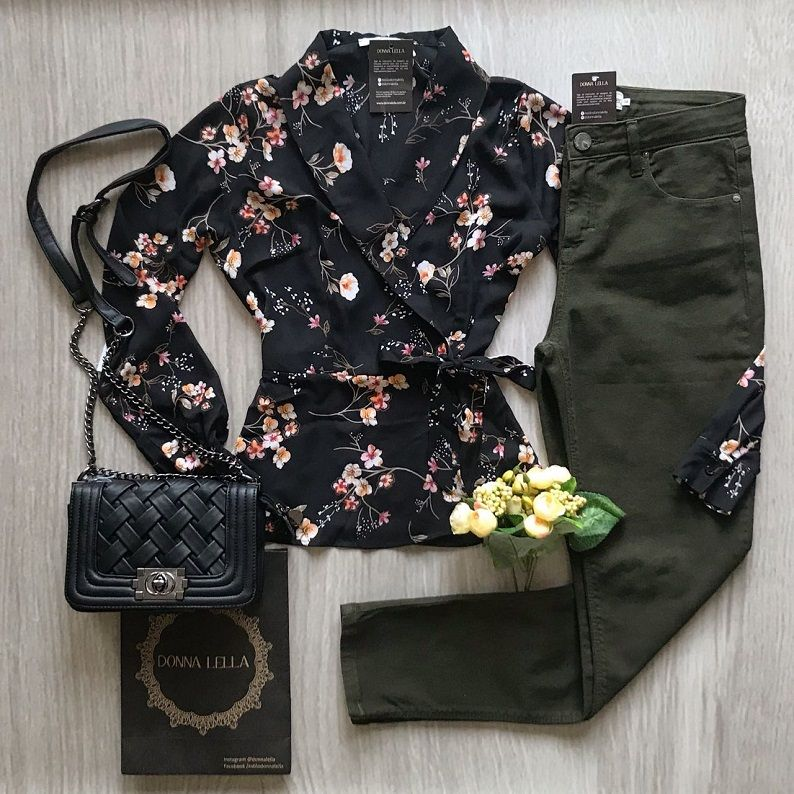 Blusa Transpassada Floral