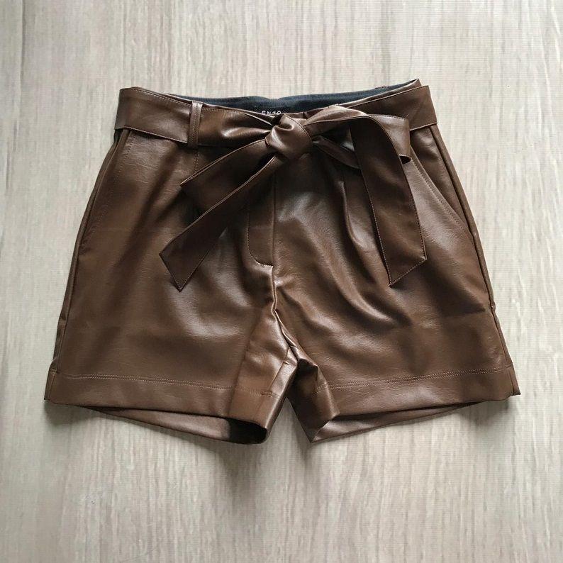 Shorts Couro Eco Marrom
