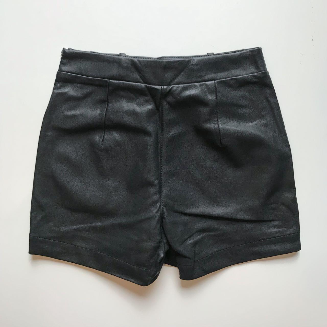 Shorts Couro Ecológico Laço