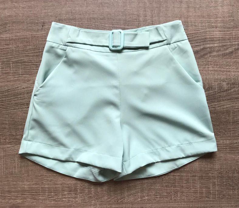 Shorts Erva Doce