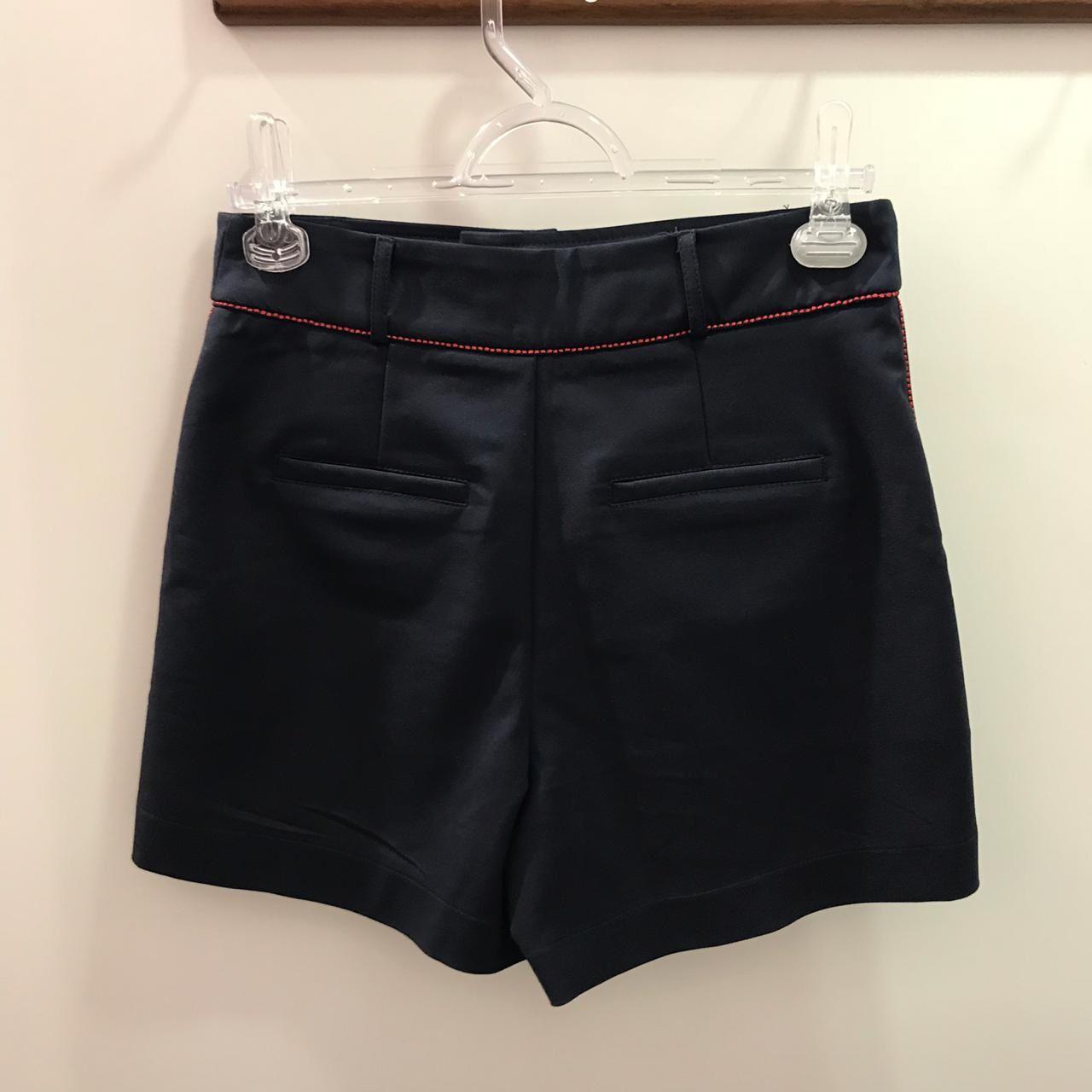 Shorts Marinho Pespontado