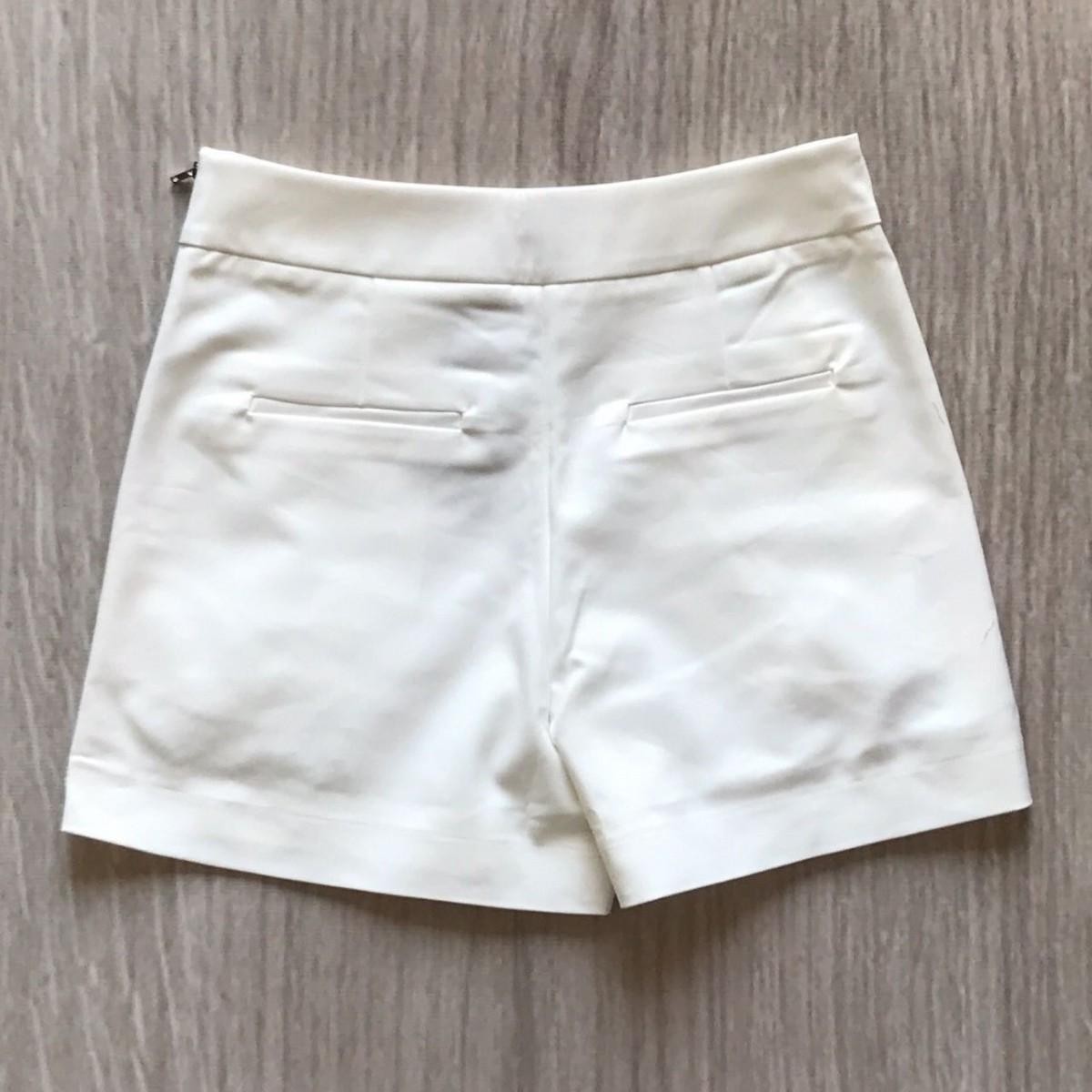 Shorts Offwhite Bordado