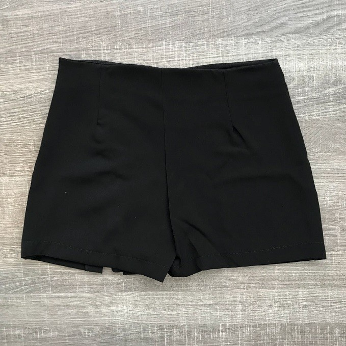 Shorts Saia Ilhós