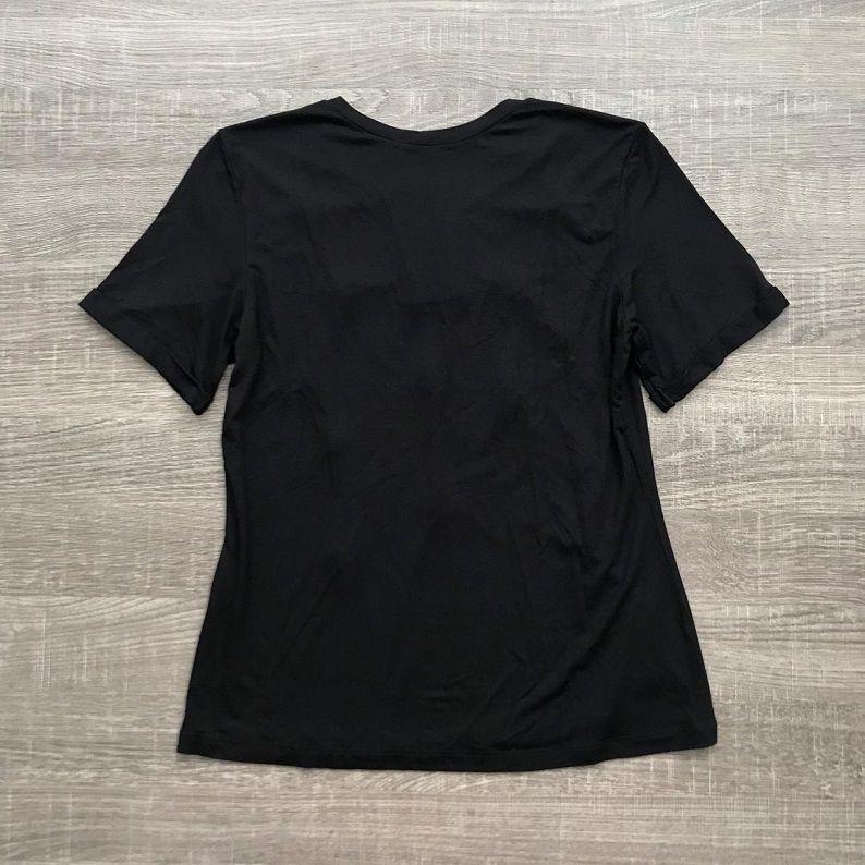 Tshirt Preta Bordada